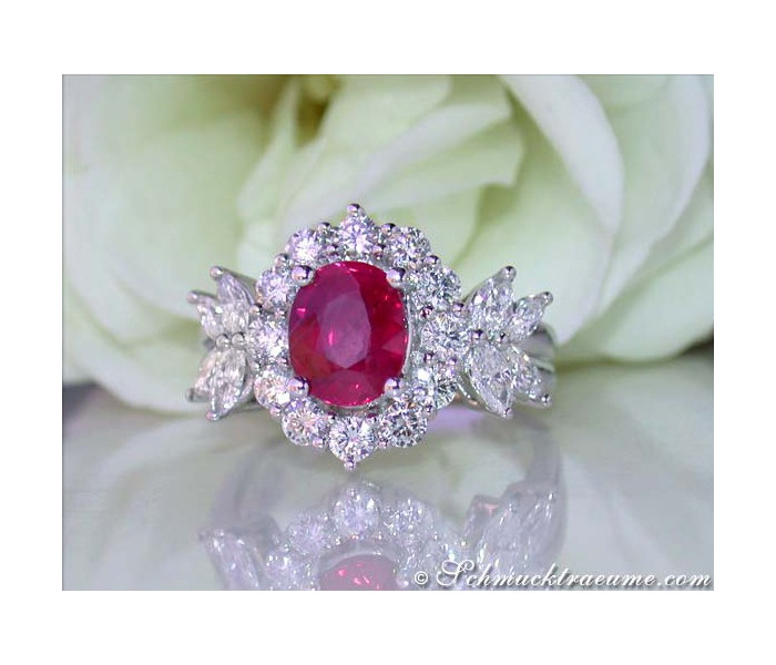 Magnificent Burmese Ruby Diamond Ring