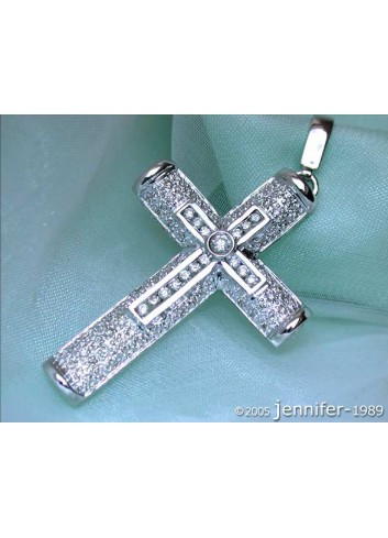Precious Diamond Cross in Cross Pendant in White Gold 18k