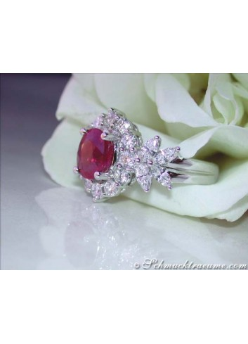 Exquisite Burma Ruby Diamond Ring