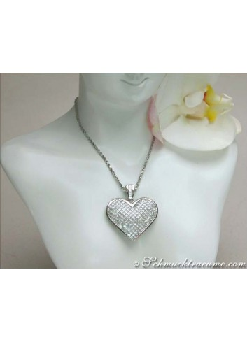 Glorious Princess Diamond Heart Pendant