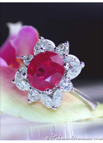Burma Rubin Ring mit Brillanten & Diamanten