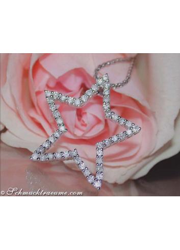 Pretty Diamond Star Pendant