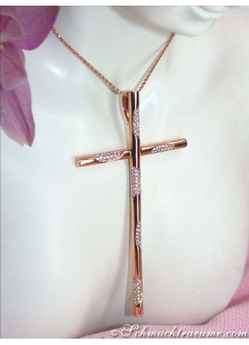 Extraordinary Diamond Cross Pendant