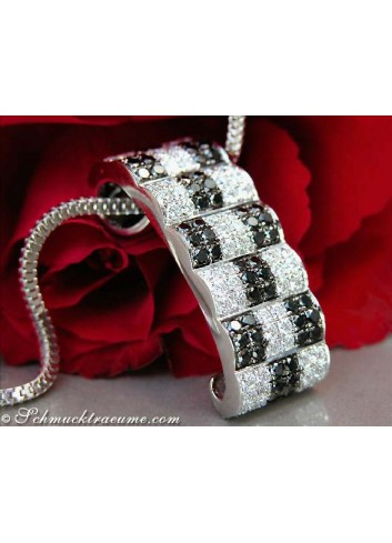 Puristic Black & White Diamond Pendant (Chessboard Style)