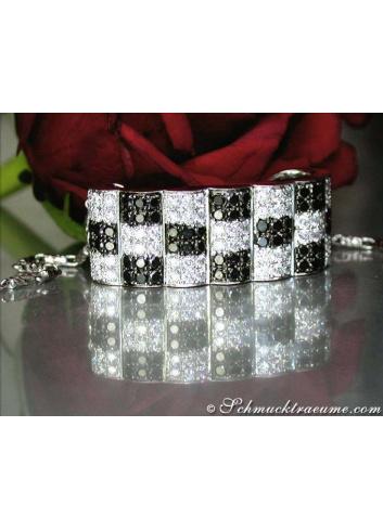 Schwarze Diamanten Anhänger Schachbrett