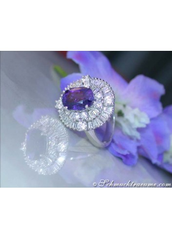 Superb Ceylon sapphire diamonds ring