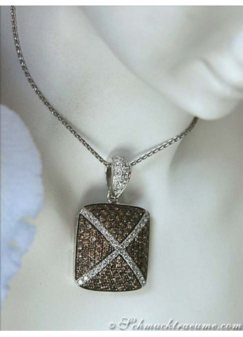 Sporty Pendant with Natural Brown Diamonds