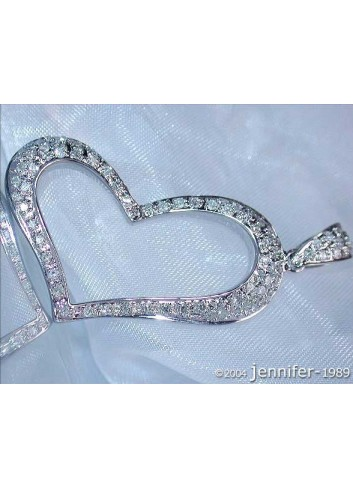 Enchanting Diamond Heart Pendant in White gold