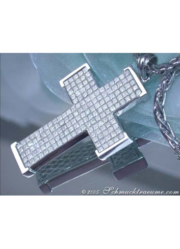 Exquisite Diamond Cross Pendant (3,92 ct.)