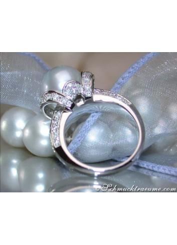 Gorgeous Southsea Pearl Diamond Ring