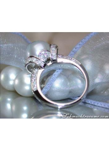 Unique Collar Style Southsea Pearl Diamond Ring