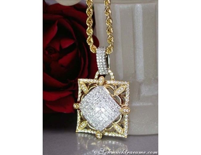 Exquisite Princess Cut Diamond Pendant