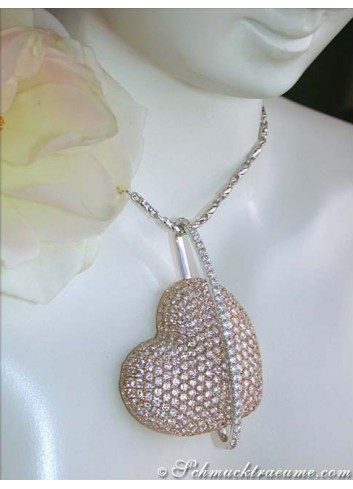 Exceptional Diamond Heart Pendant (4,79 ct.)