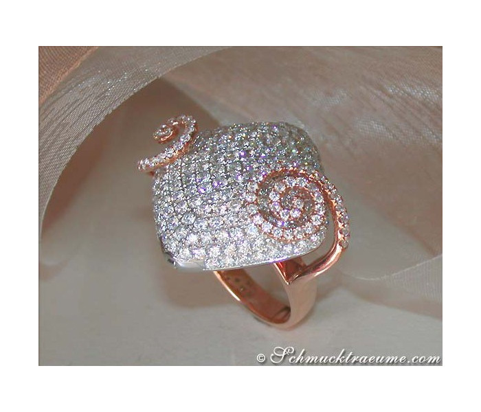 Terrific Diamond Ring and Pendant in One