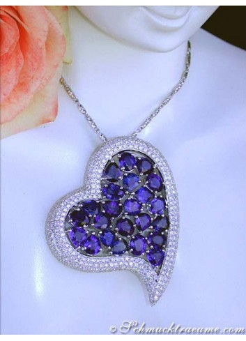 Ceylon Sapphire Pendant with Diamonds in Heart Design