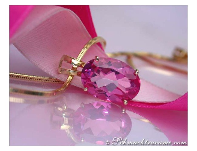 Wonderfully luminous Pink Topaz Pendant