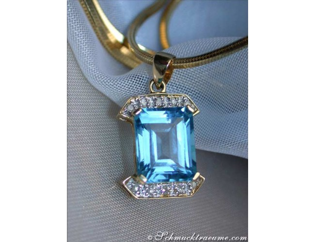 Pretty Blue Topaz Diamond Pendant