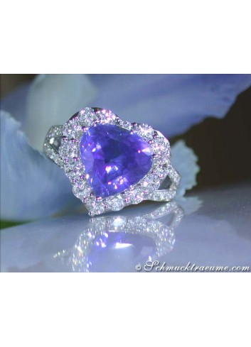 Gorgeous Tanzanite Heart Ring with Diamonds