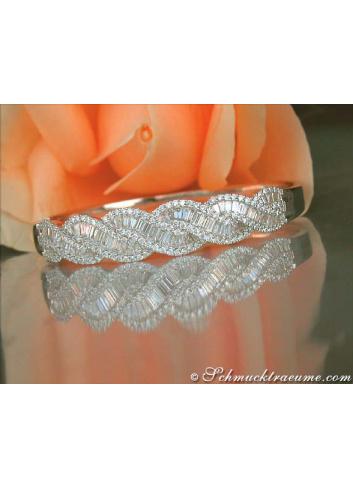 Luxus: Diamanten Armreif in Weißgold 750