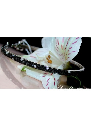 Pretty Black & White Diamond Bangle
