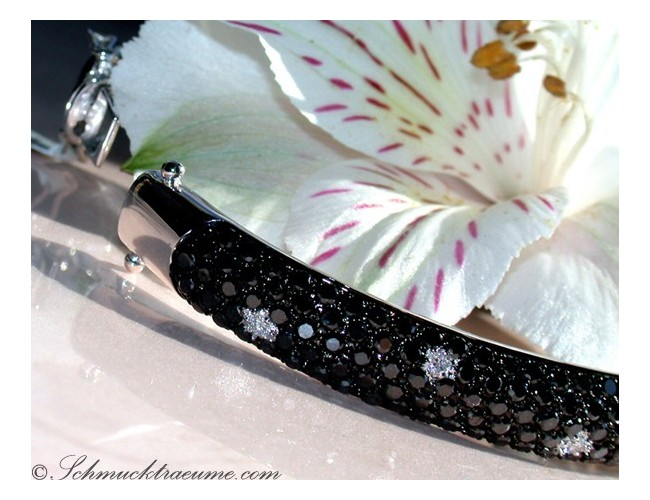 Elegant Black & White Diamond Bangle