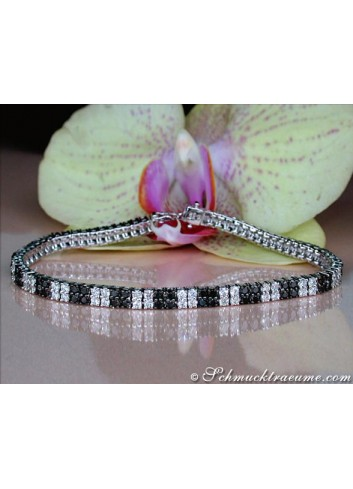 Terrific Black & White Diamond Bracelet