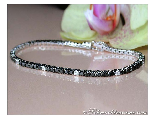 Pretty Tennis Bracelet with Black & White Diamonds