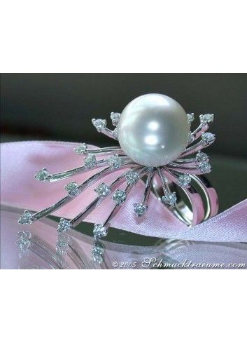 Bombastic South Sea pearl diamonds ring
