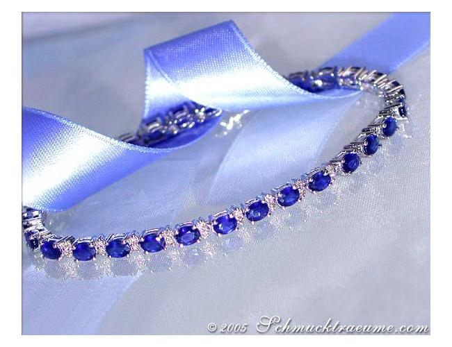 Elegant Sapphire Bracelet with Diamonds