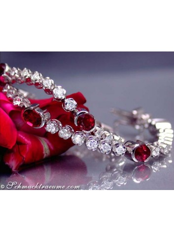 Gorgeous ruby ​​diamonds bracelet