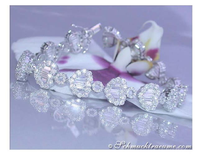 Exquisite Diamond Heart Bracelet