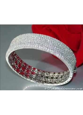Heavy Diamond Bangle (11 ct.)