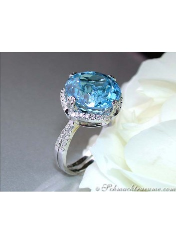 Blautopas Ring mit Brillanten