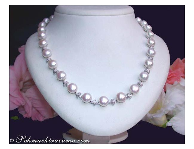 Beautiful Freshwater Pearl Necklace