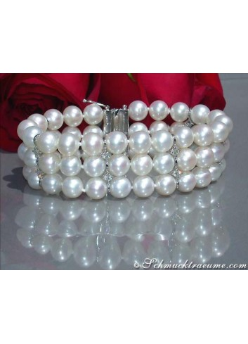 Gorgeous Cultured Pearl Bracelet with Diamonds