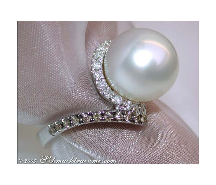 South Sea pearl ring with brown & white diamonds