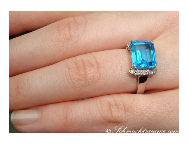 Casual Blue Topaz Diamond Ring