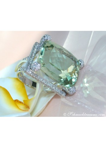 Impressive Green Amethyst Ring with Diamonds