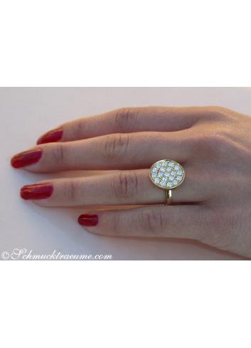 Unusual Diamond Ring in Yellow gold