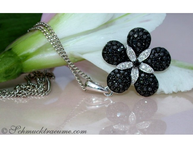 Schwarze Diamanten Anhänger