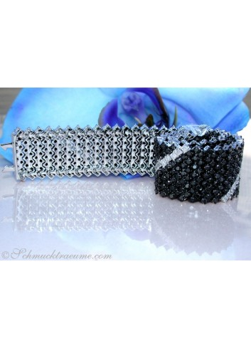 High-end Black & White Diamond Bracelet