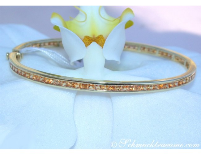Pretty Orange Sapphire Bangle