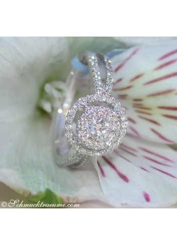 Timeless precious diamonds ring