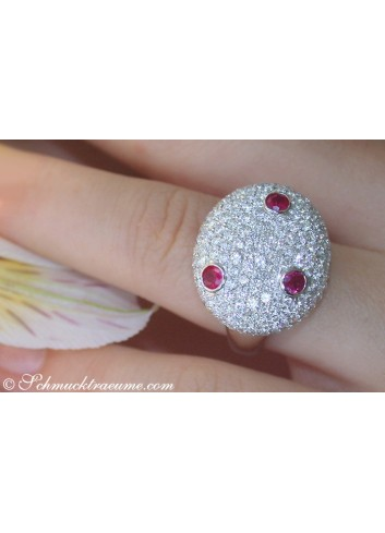 Opulent Ruby Diamond Ring