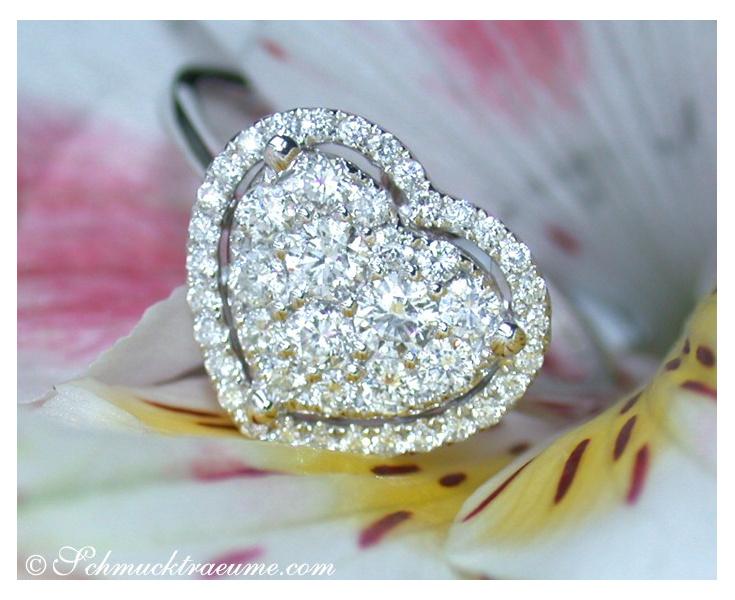 Herz Ring mit Brillanten