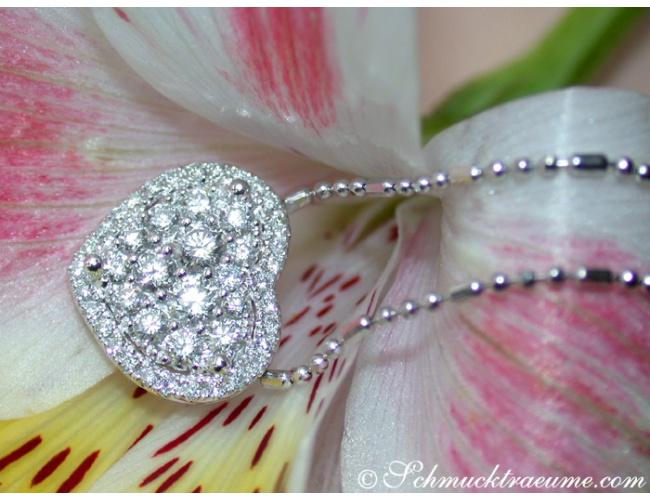 Elegant Diamond Heart Pendant incl. Chain