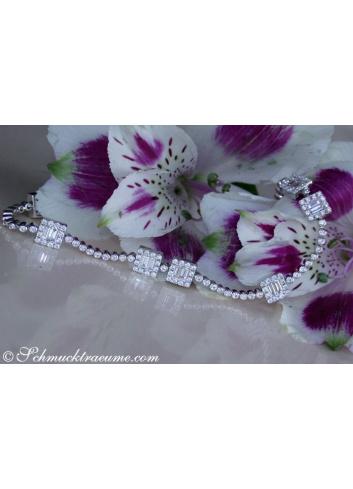 Precious Bracelet with Baguette Diamonds