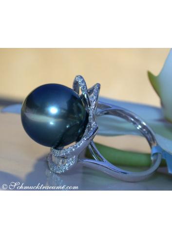 Magnificent Tahitian Pearl Diamond Heart Ring