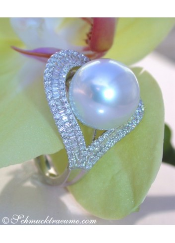 Terrific Southsea Pearl Diamond Heart Ring