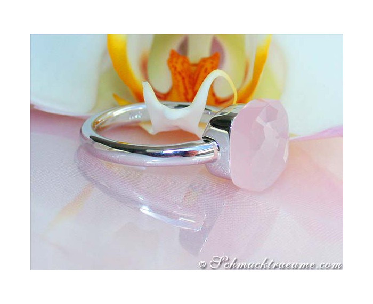 Rosenquarz Ring in Weißgold